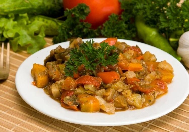 Рецепт рагу из кабачков с мясом в мультиварке