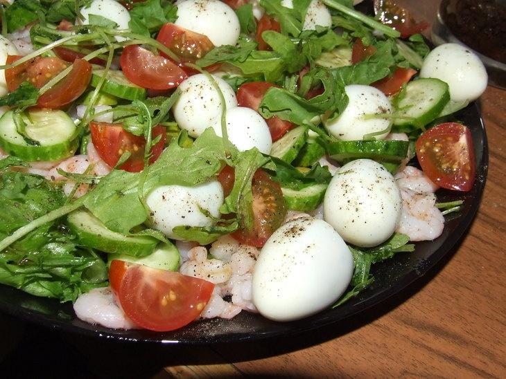 Простые салаты с перепелиными яйцами рецепты простые и вкусные